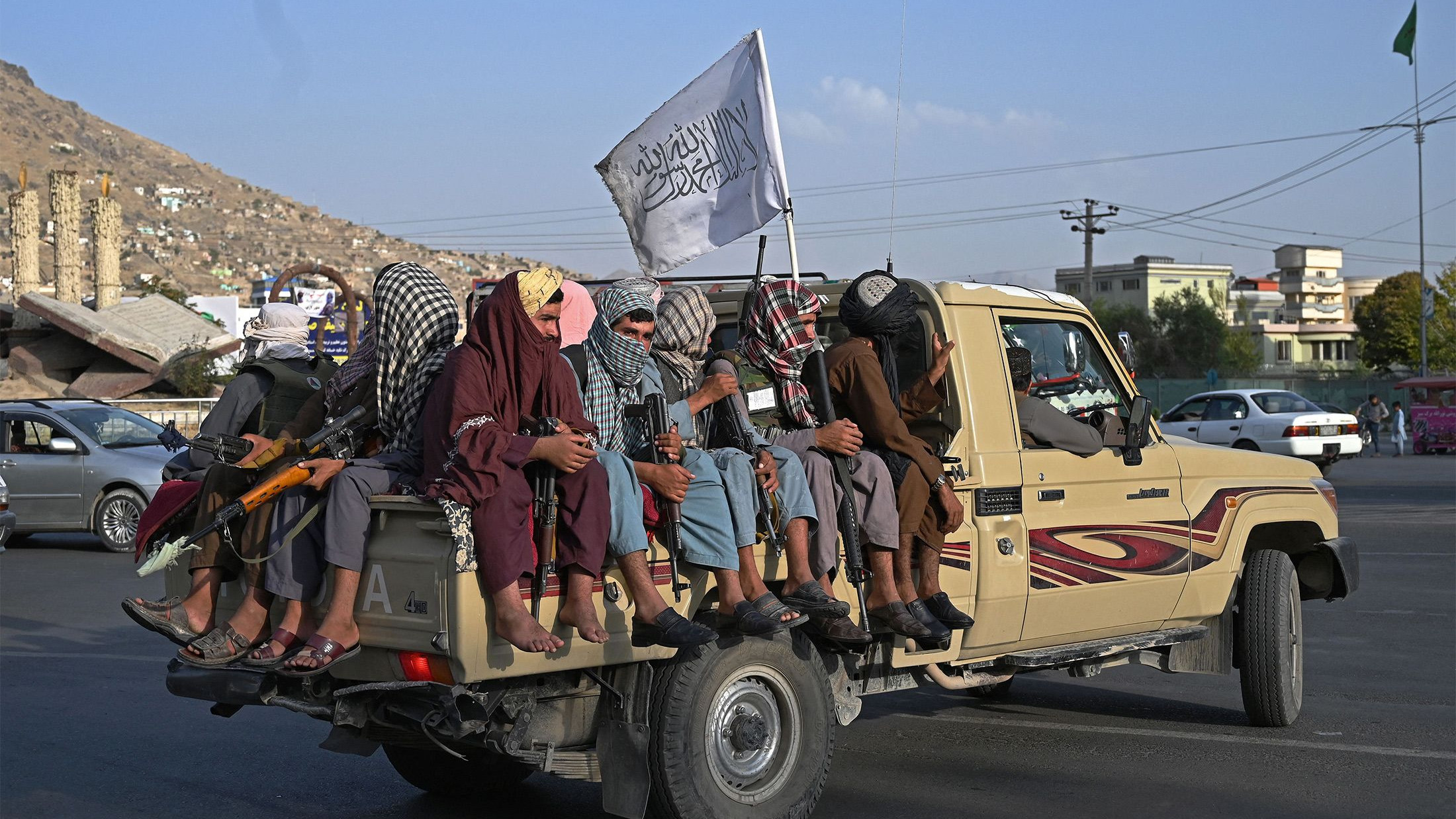 Афганистан отвътре: Талибаните отново на власт