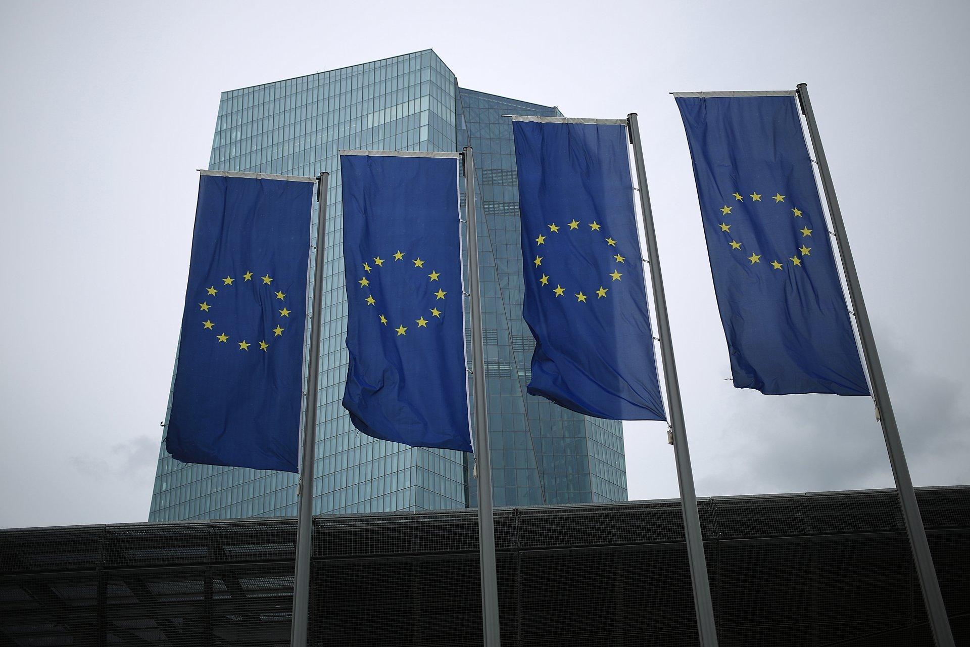 Европейската икономика продължава ръста си и през второто тримесечие - Bloomberg