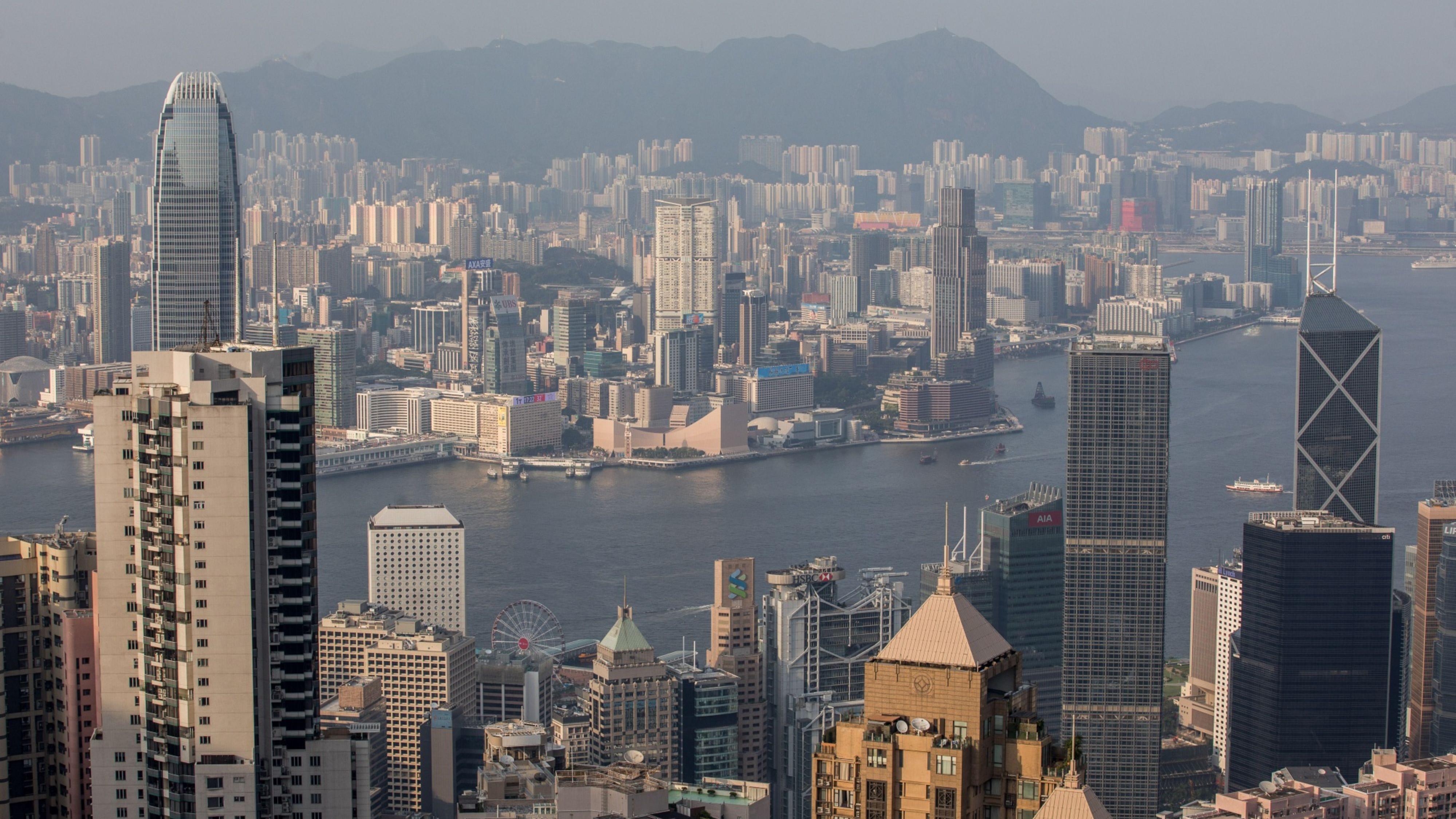 Китай ще изпревари САЩ като най-голямата икономика в света до 2028 г, прогнозира доклад - Bloomberg
