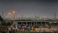 Петролът отбелязва четвърта поредна седмица на ръст