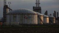 Петролът пада, а перспективите за търсенето се влошават заради Covid-19