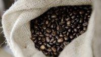 Кафето продължава да поскъпва до десетгодишен връх