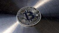 Регулацията може да легитимира крипто търговията