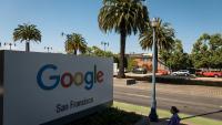 ЕС ще разследва сделкатa на Google за придобиване на Fitbit