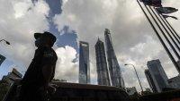 Акциите в Китай продължиха спада след правителствените регулации