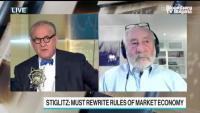 Стиглиц: Банките трябва да се завърнат към същносттта си