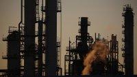 """""""Делта"""" вариантът намали втория седмичен ръст при петрола"""
