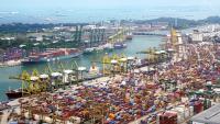 Търговският излишък на Китай отчита рекорд през май