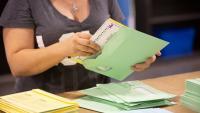 Рекордни 75% от американските избиратели ще могат да гласуват по пощата тази есен
