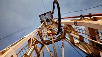 Петролът се насочва към най-големия си седмичен ръст от юни след срещата на ОПЕК+