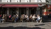 Исландия иска да рестартира туризма, но само за богатите