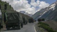 Индия и Китай все още са в конфликт по границата в Хималаите