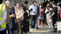 """Ханкок: Великобритания е изправена пред """"повратна точка"""" в борбата с вируса"""