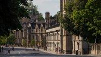 Китайските студенти изместват европейските в британските университети