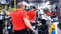 Преходът към електромобили ще остави без работа 178 000 служители в Германия