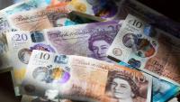 Британската лира поевтинява заради липсата на напредък за Brexit