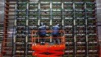 Борбата за контрол на крипто пазара за 2 трилиона долара се ожесточи