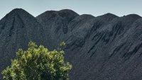 Зеленият преход се оказва твърде рязък за държавите, които печелят от изкопаеми горива