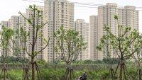 Китайският имотен сектор се сви за първи път от началото на пандемията