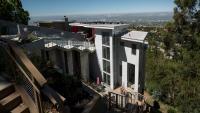 Как бумът на жилищния пазар изяжда икономическото бъдеще?