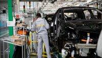 Преходът към електромобили ще коства 25% от работните места в автоиндустрията на Франция